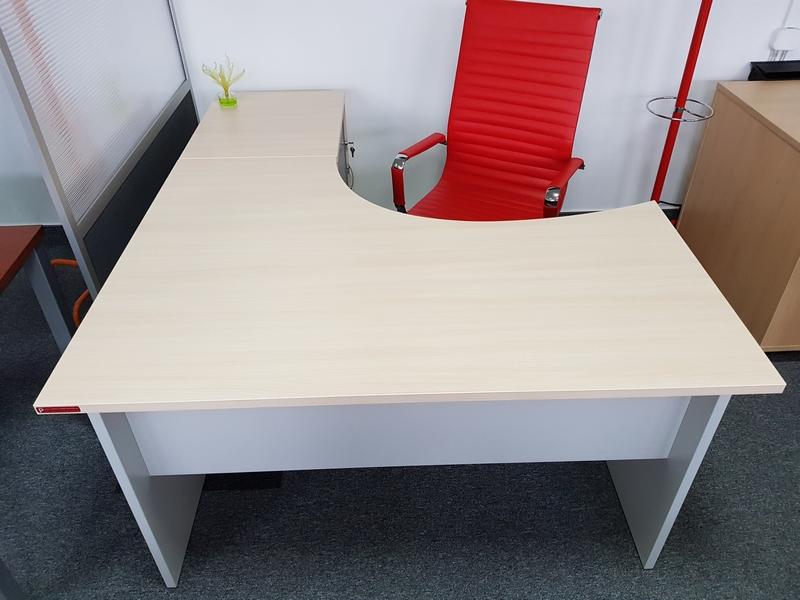 biurka biurowe QR, promocja ALTARO